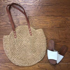 Weaved beach bag tote